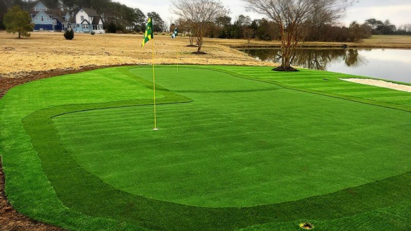 Advantages of using artificial turf in mini golf