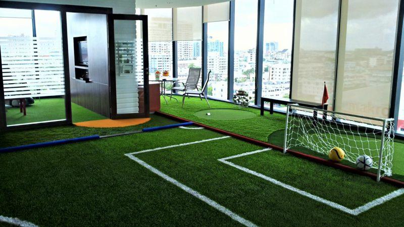 Flame retardant artificial grass carpet