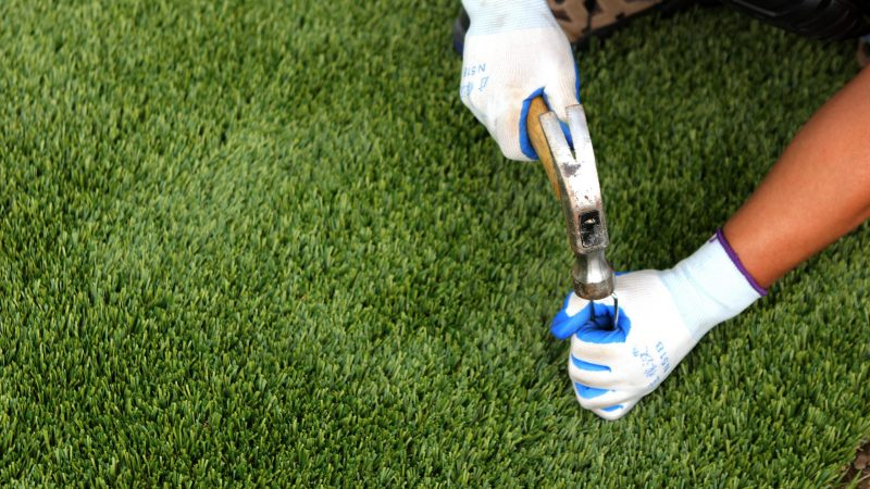 How to install artificial grass in your garden