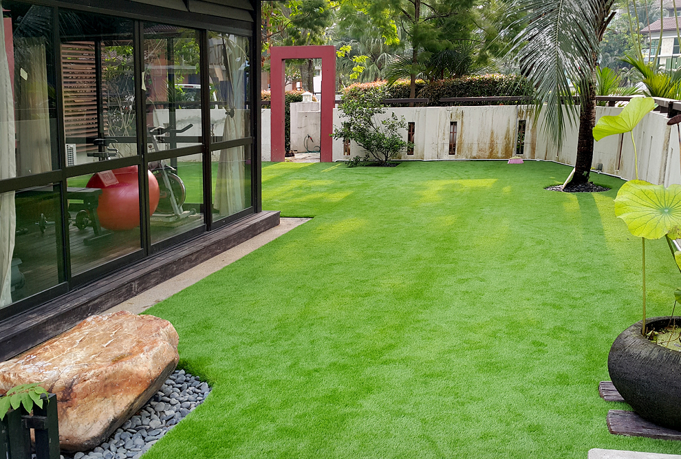 Artificial turf in secret garden, you deserve it!
