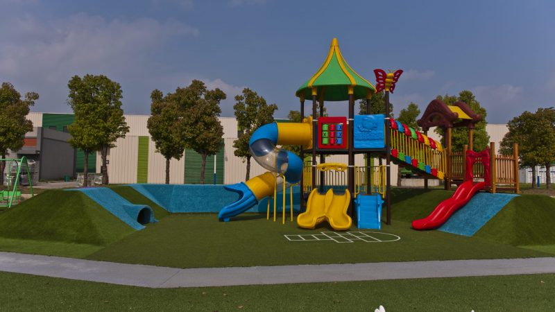 4 Top reasons for installing artificial turf for kindergarten playground