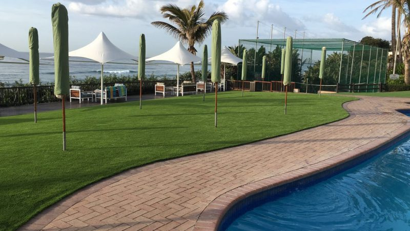 4 Reasons for hotels using artificial grass instead of natural grass