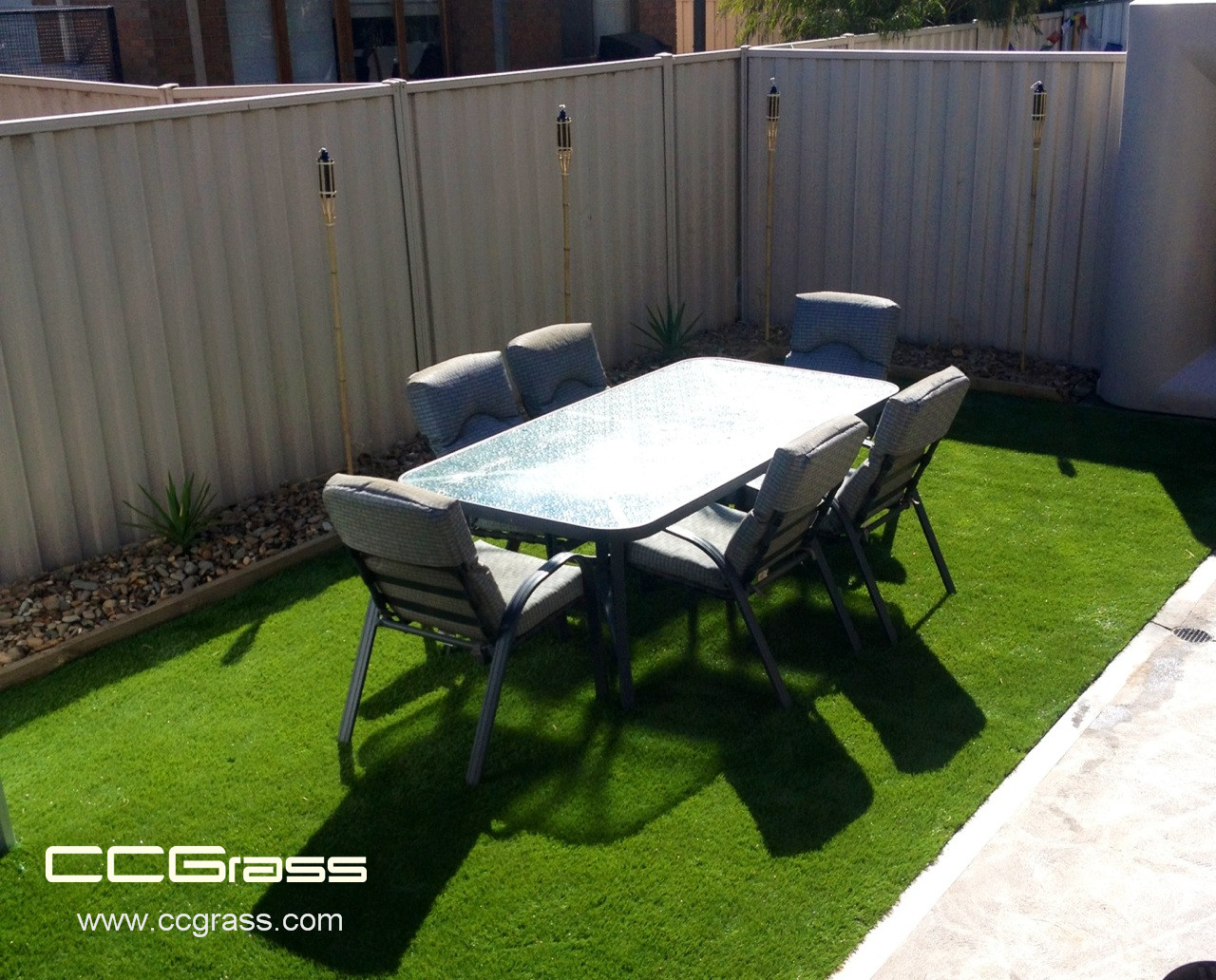How to DIY install artificial grass?