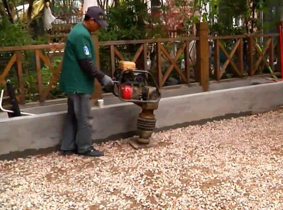 CCGrass, artificial grass installation, compact base
