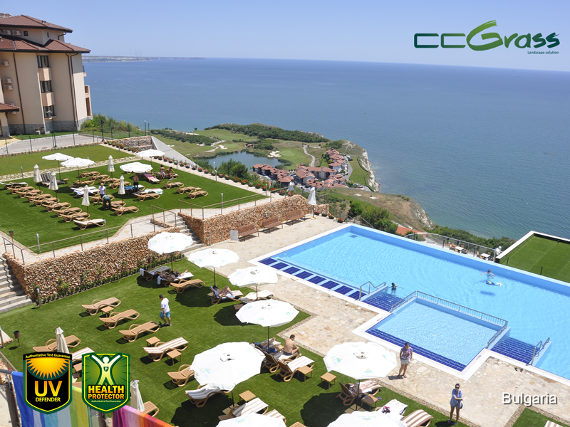 CCGrass, fake grass for swimming pool